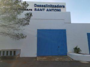 instalación de puerta acústica en Ibiza
